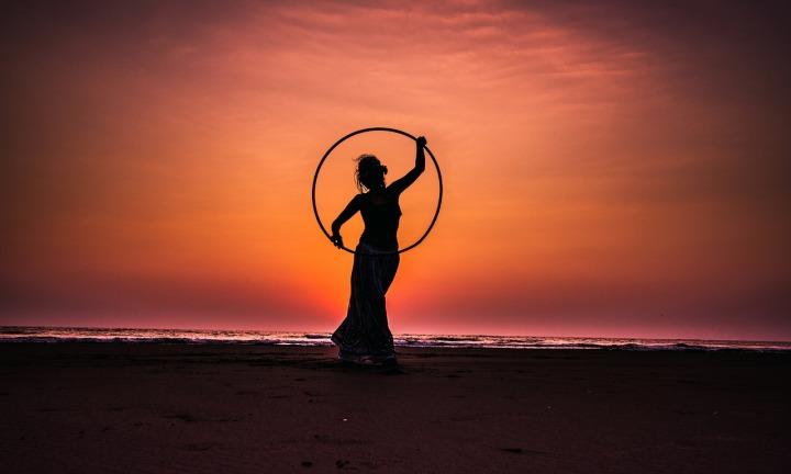 hula-hoop-2032813_1280.jpg