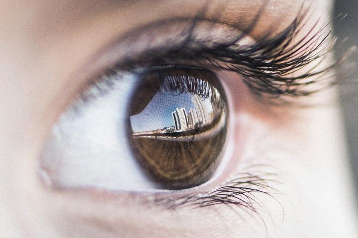 eye-4559763_1280.jpg